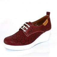Дамски обувки на платформа с перфорация